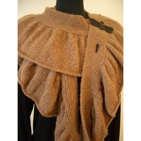 Flickering Ruffle Scarf (Free)