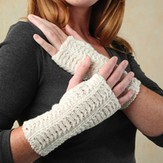 Valley Yarns 218 Velvet Curtain Cabled Gauntlets (Colrain Lace)