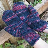 Manos del Uruguay Handful of Berries Mittens (Free)