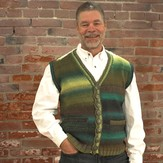 Plymouth Yarn 2517 Man's Vest