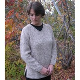 Knitting Pure & Simple 996 Bulky V-neck Pullover