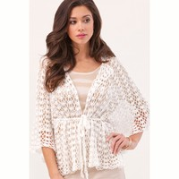 Volare Belted Lace Cape PDF