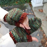Valley Yarns 623 Rail Trail Mitts
